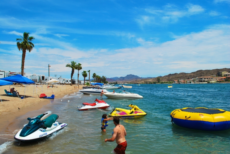 Emerald cove resort on the colorado river
