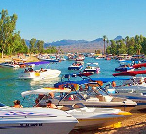 Emerald Cove Resort - Lake Havasu City Channel